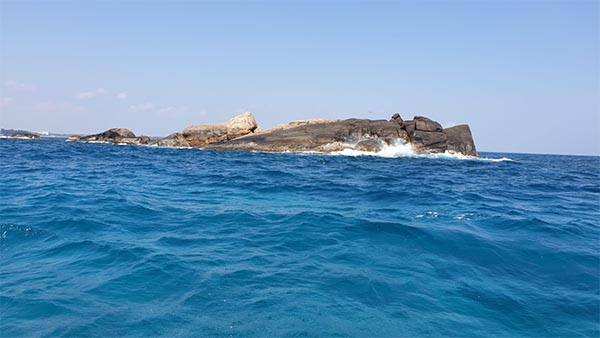 coral-island-rock